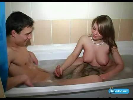 русское порно видео трахнул в ванной