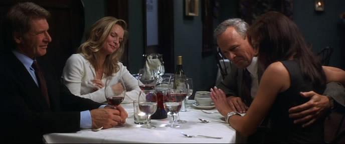 Что скрывает ложь? / What Lies Beneath (2000) DVDRip от FS-Media [1.37 GB] 4bebfb1325962e92050802e673efb007