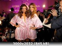 http://i4.imageban.ru/out/2011/01/05/47b75ff8af8f08414988cf63d7933750.jpg