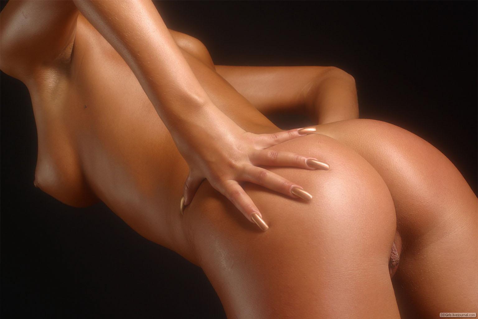 Фото женские фигуры голые 21 фотография