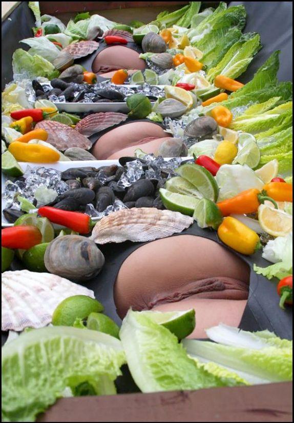 фото девушек с фруктами и овощами в письках