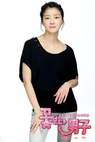 Ли Си Ён / Lee Si Young  0be8fd6ff256d3bd870a05802225219e