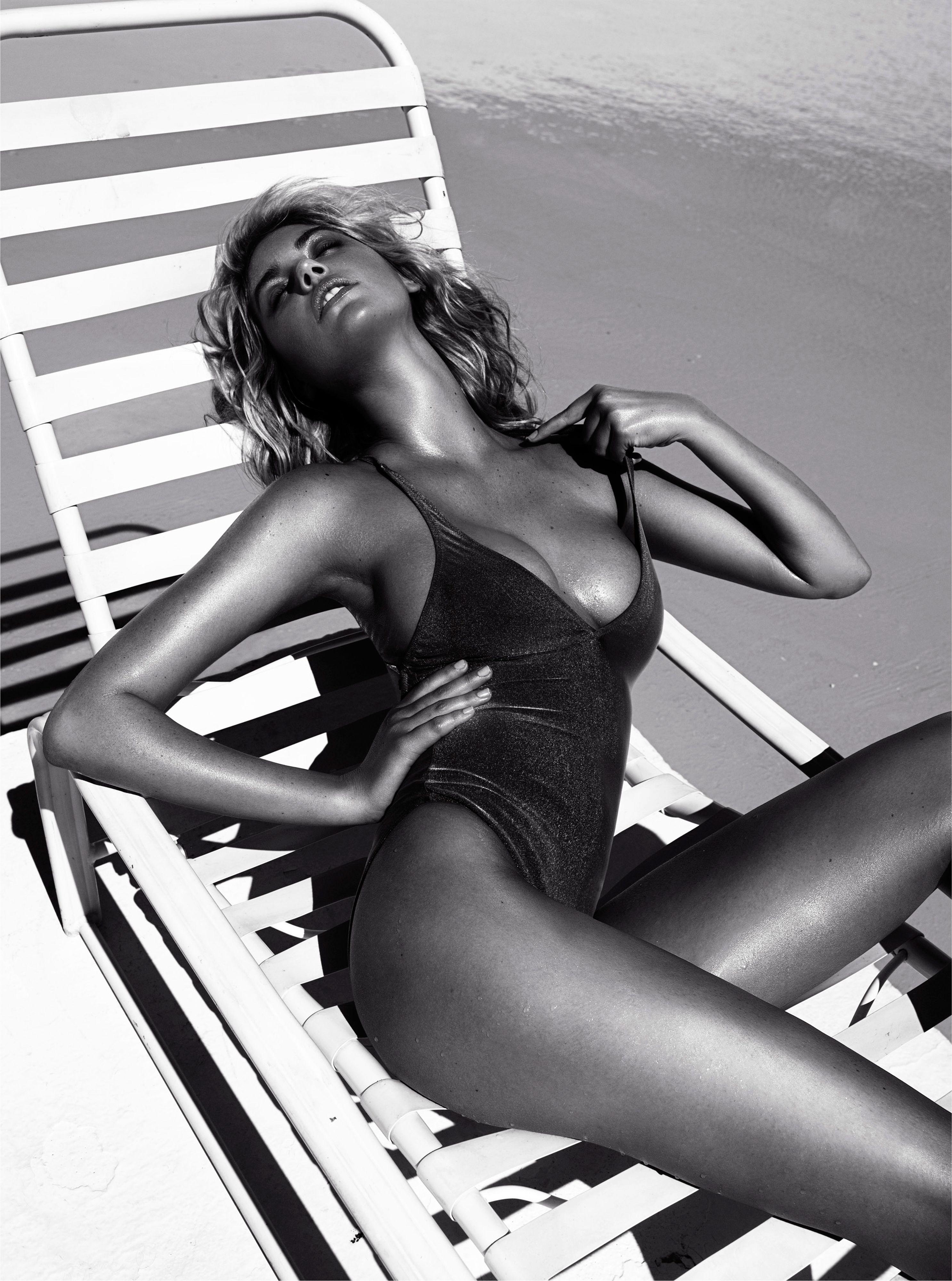 Фото моделей девушек журнала в купальниках 4 фотография
