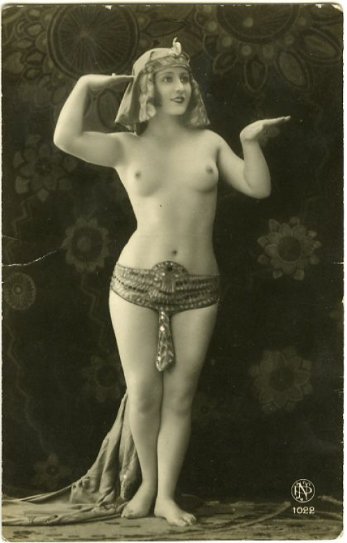 Голые женщины 20 века