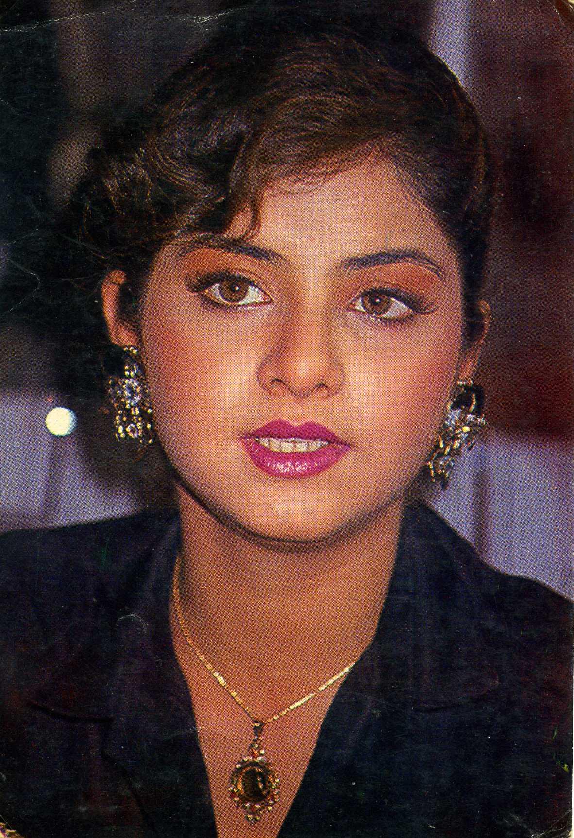Divya Bharti - Wikipedia Actress divya bharti marriage photos