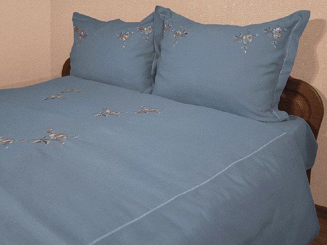 Льняное постельное белье с вышивкой 95