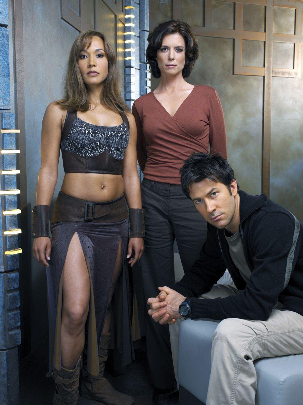 cast_season2_09.jpg