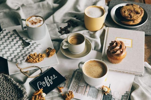 Зимнее утро чай кофе