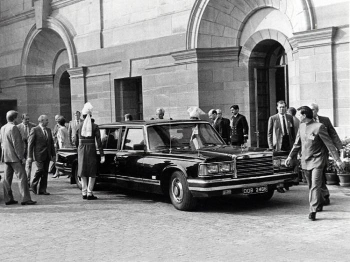 Лимузин Горбачева и Ельцина выставили на продажу