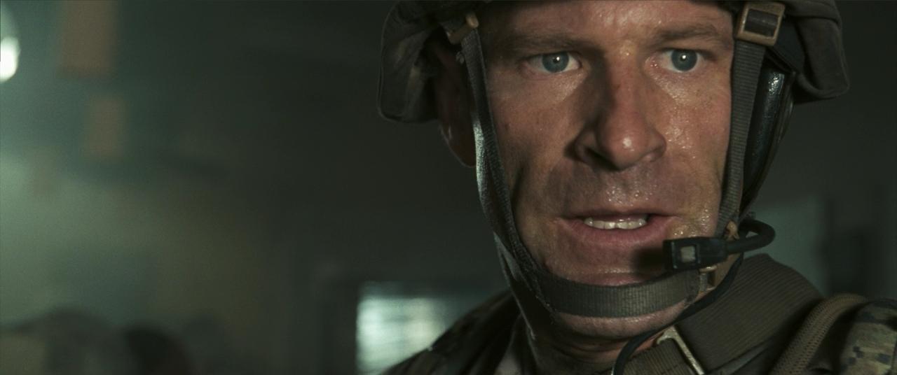 Инопланетное вторжение: Битва за Лос-Анджелес / Battle Los Angeles (2011) BDRip 720p