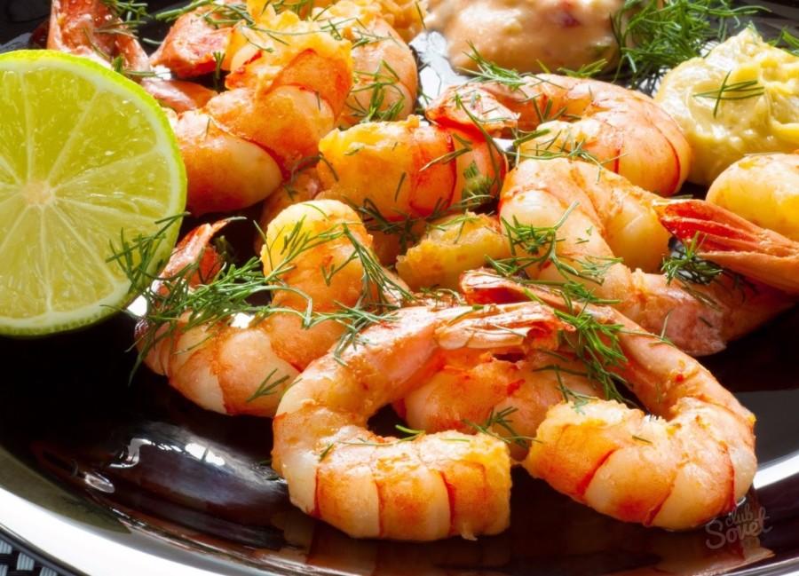 Яркое блюдо с креветками