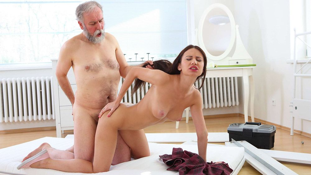 Nakita Star - Nakita Star gets her first taste of older cock and she fucking loves it! (2016)