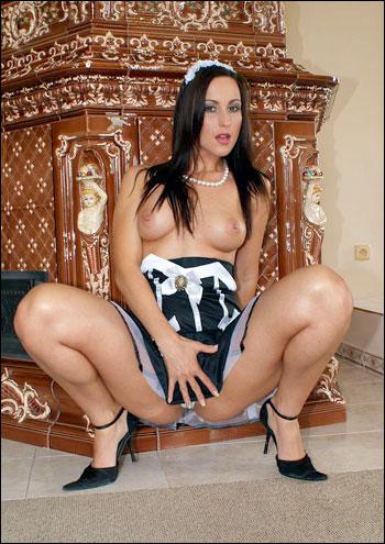 Simone Peach - Naughty Spanish Maids 2 / DP with Simone Peach (2014) SiteRip  