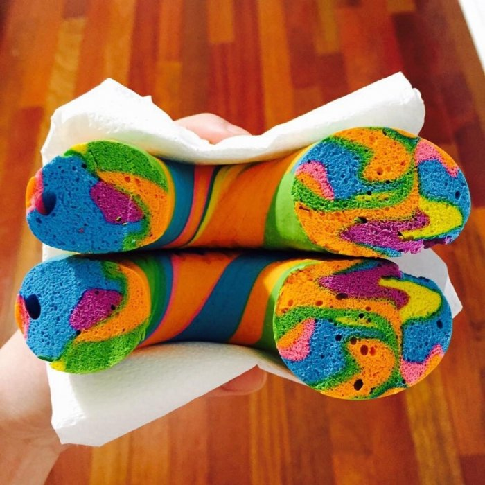 Яркий пончик 1