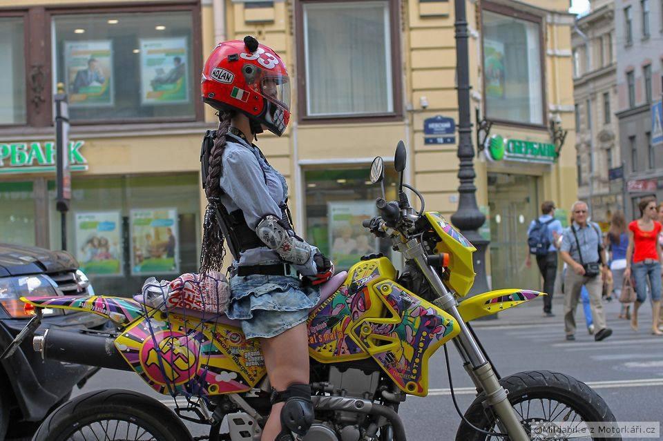 С косой на мотоцикле 1