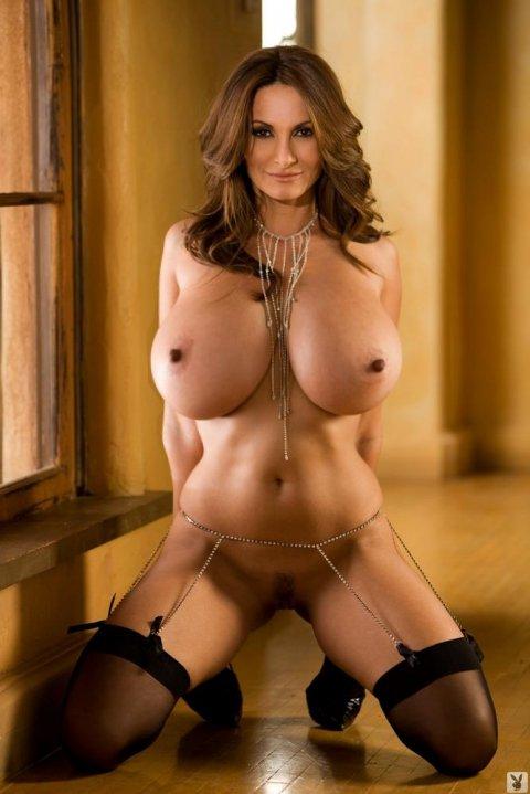 мира фото голые всех сисками праститутки