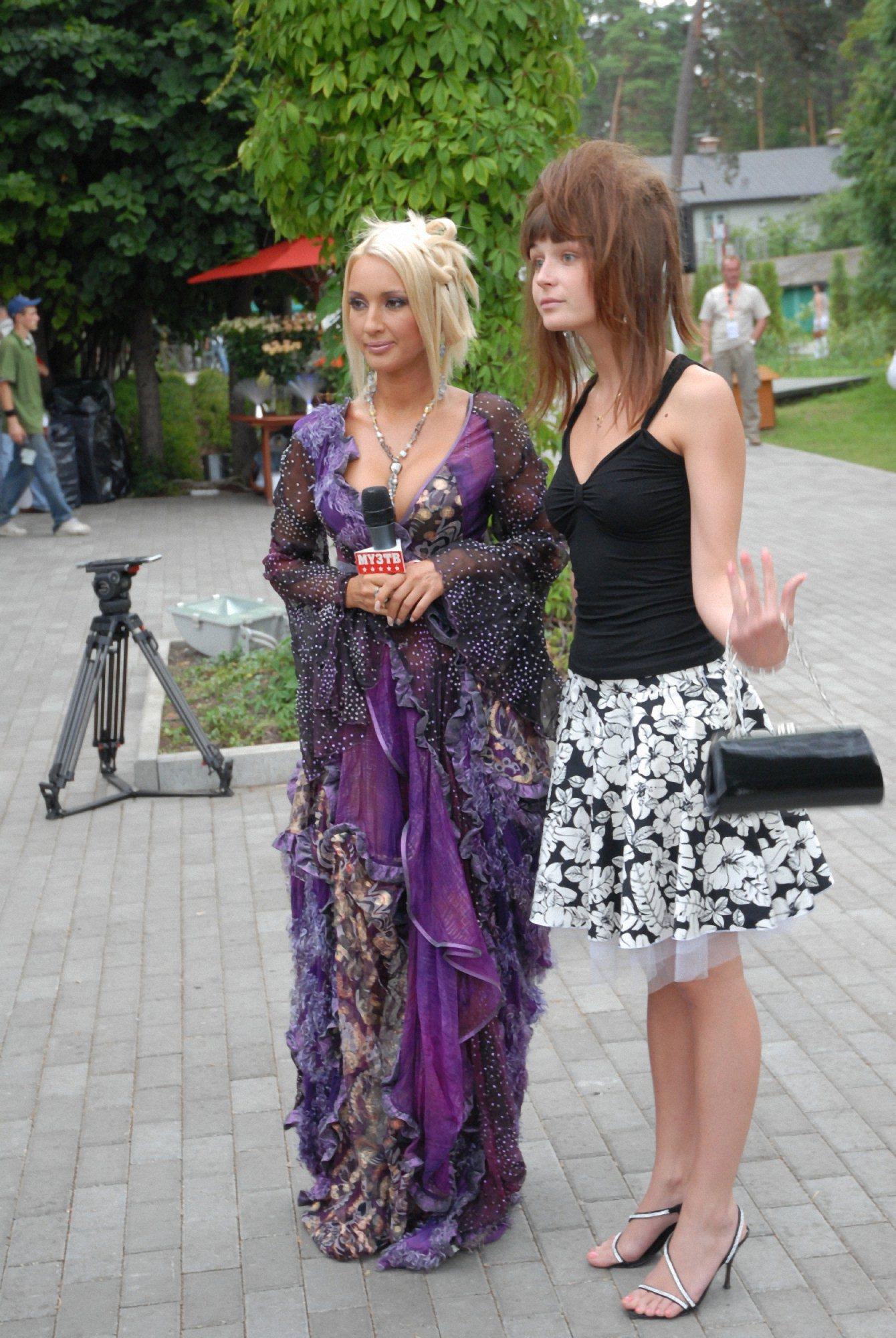 Лера Кудрявцева Три Свадебных Платья Фото