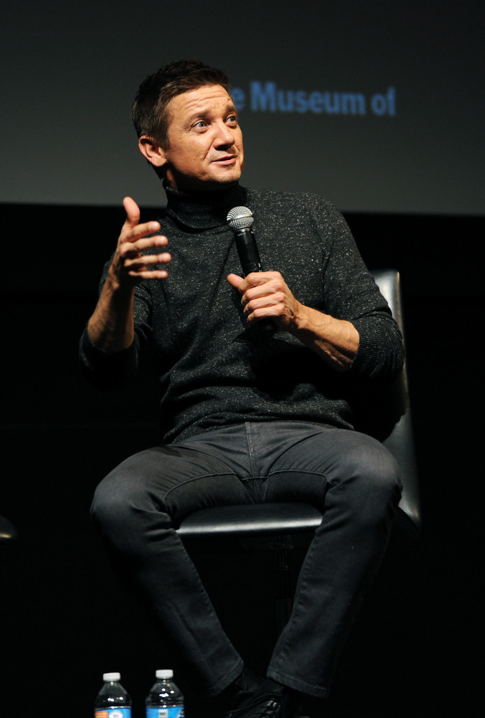 Jeremy+Renner+MoMA+Contenders+Screening+Arrival+eEwV0RISwEUx.jpg