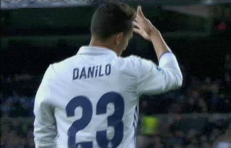 Данило отказался пожать руку Зидану после своей замены