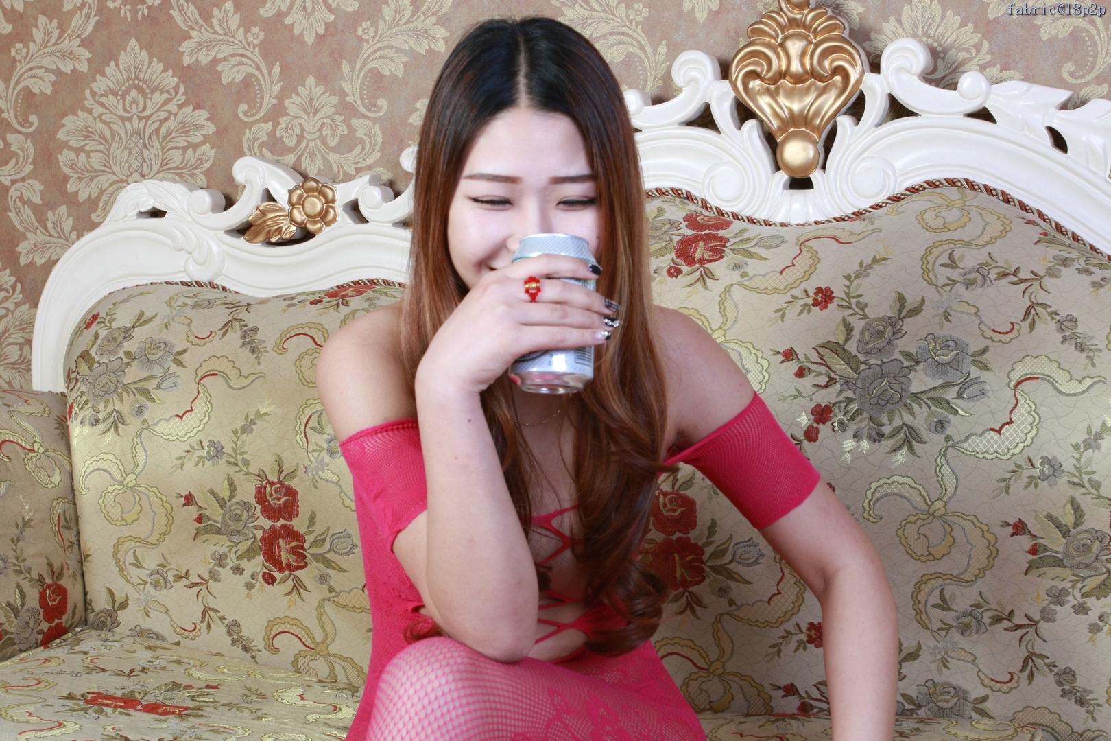 [国模][杨丽]靓丽少妇露出诱人的美乳、美鲍私拍套图001 [100P]