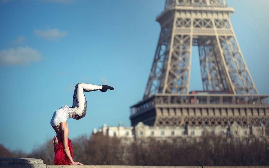 Где-то в Париже