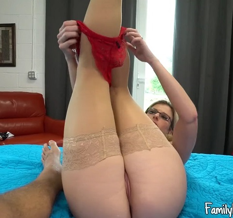 [Family Manipulation / Clips4Sale.com] Cory Chase - Mother Giving Her Son, a Helping Hand [2017 г., Incest, MILF, Mother, Mommy, Son, Taboo, POV, Creampie, 1080p]