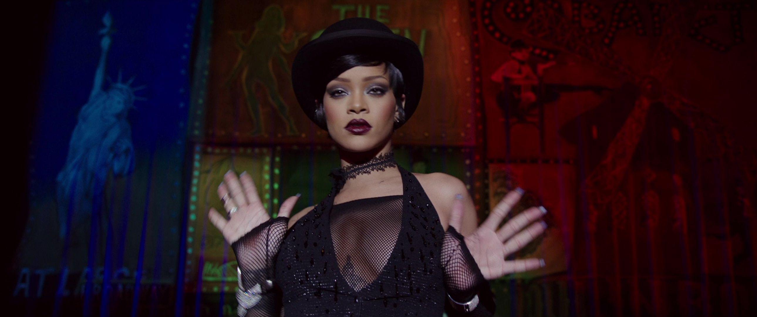 Rihanna-Sexy-4-thefappeningblog.com_.jpg