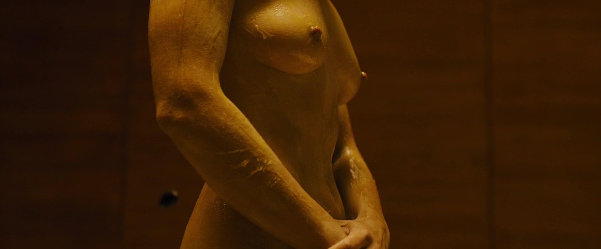 Ana-de-Armas-Sallie-Harmsen-Mackenzie-Davis-etc-Nude-20-thefappeningblog.com_.jpg