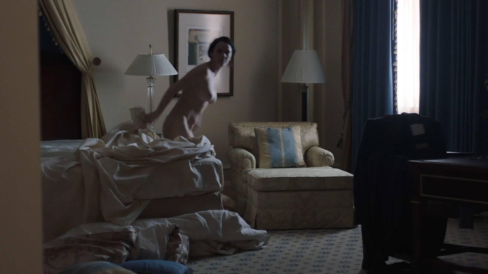 Liv-Lisa-Fries-nude-topless-Sara-Serraiocco-nude-topless-lesbian-sex-Counterpart-2018-s1e6-HD-1080p-Web-012.jpg
