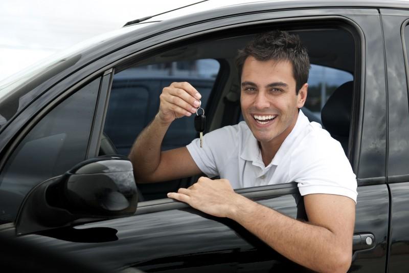Прокат автомобилей с водителем и без – лучший способ решения транспортных задач
