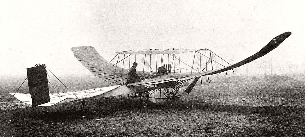 vintage-early-xx-century-flying-machines-18.jpg