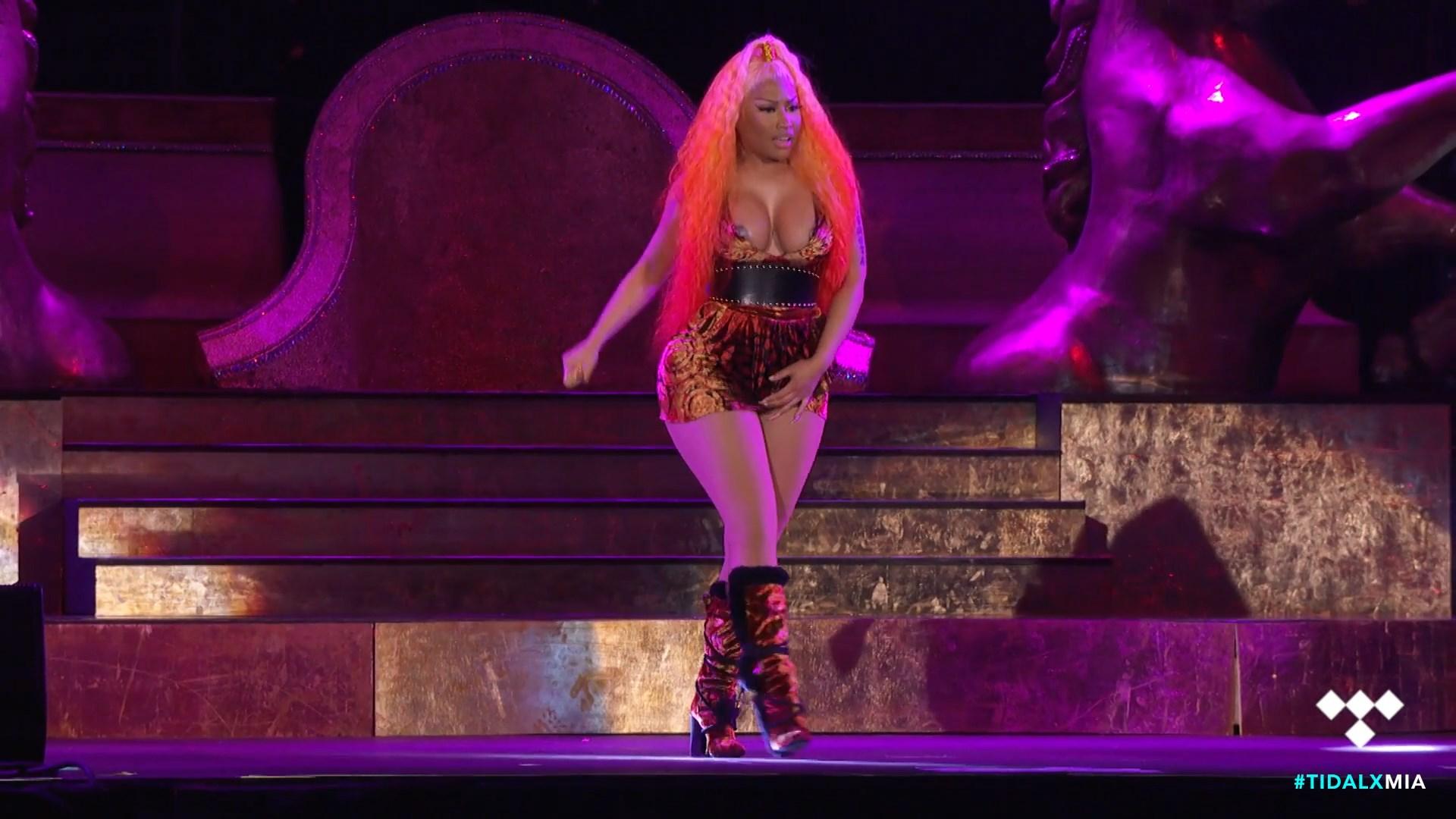 Nicki-Minaj-Nude-TheFappeningBlog.com-11.jpg