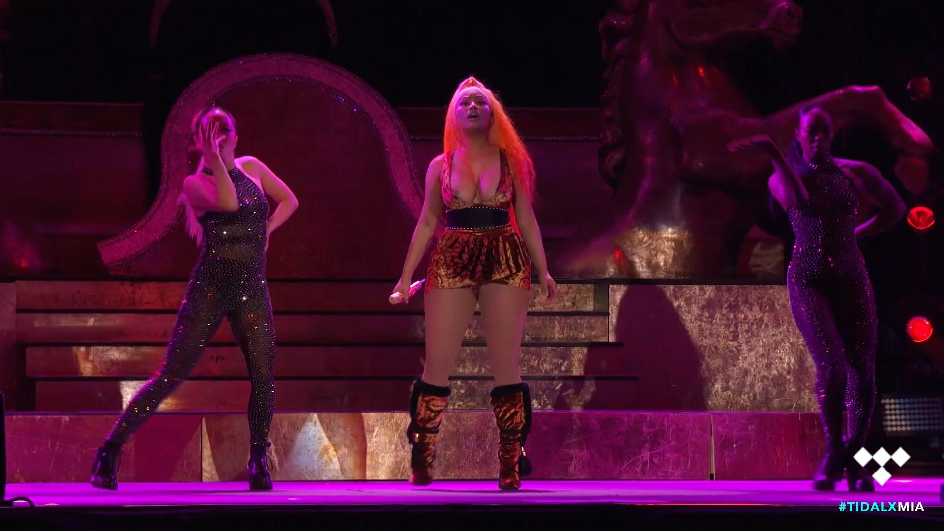 Nicki-Minaj-Nude-TheFappeningBlog.com-18.jpg