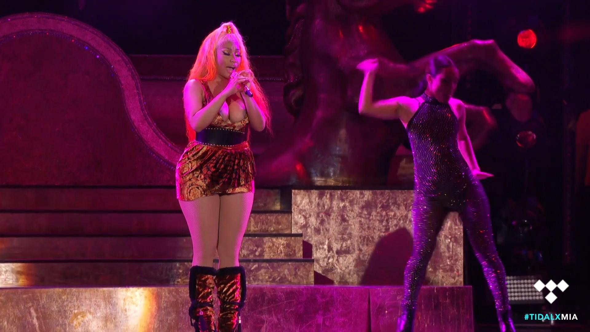Nicki-Minaj-Nude-TheFappeningBlog.com-27.jpg