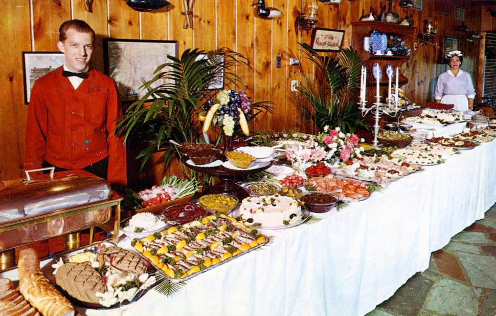 vintage-buffet-1.jpg