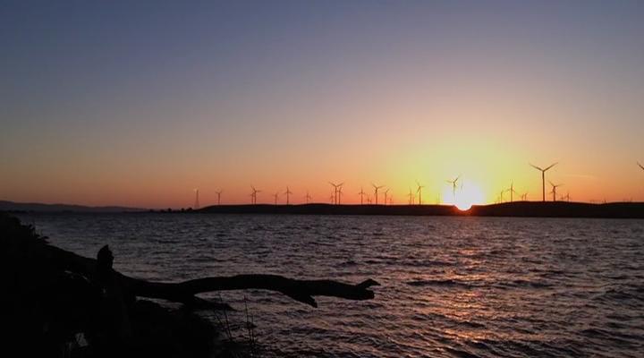 Энергетическая революция сегодня / Happening: A Clean Energy Revolution (2017/WEB-DLRip)