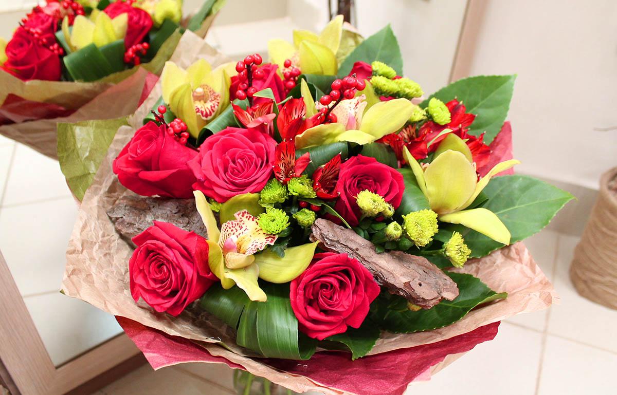 Доставка букетов от Flori24.ru: цветочные подарки для матерей