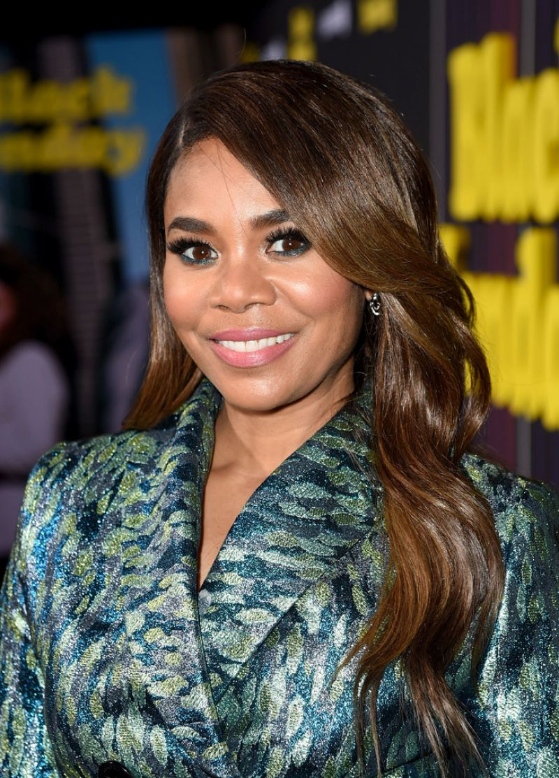 regina-hall-black-monday-premiere-in-la-2.jpg