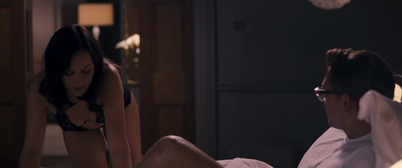 0110160603568_07_Abbie-Cornish-not-nude-but-hot-in-lingerie-while-having-sex-with-her-partner-from-W.E-2011-hd720p-2.jpg