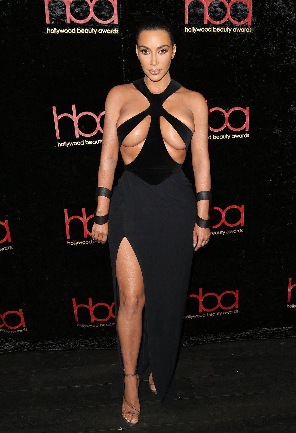 0118180036842_40_Kim-Kardashian-Hot-TheFappeningBlog.com-1.jpg