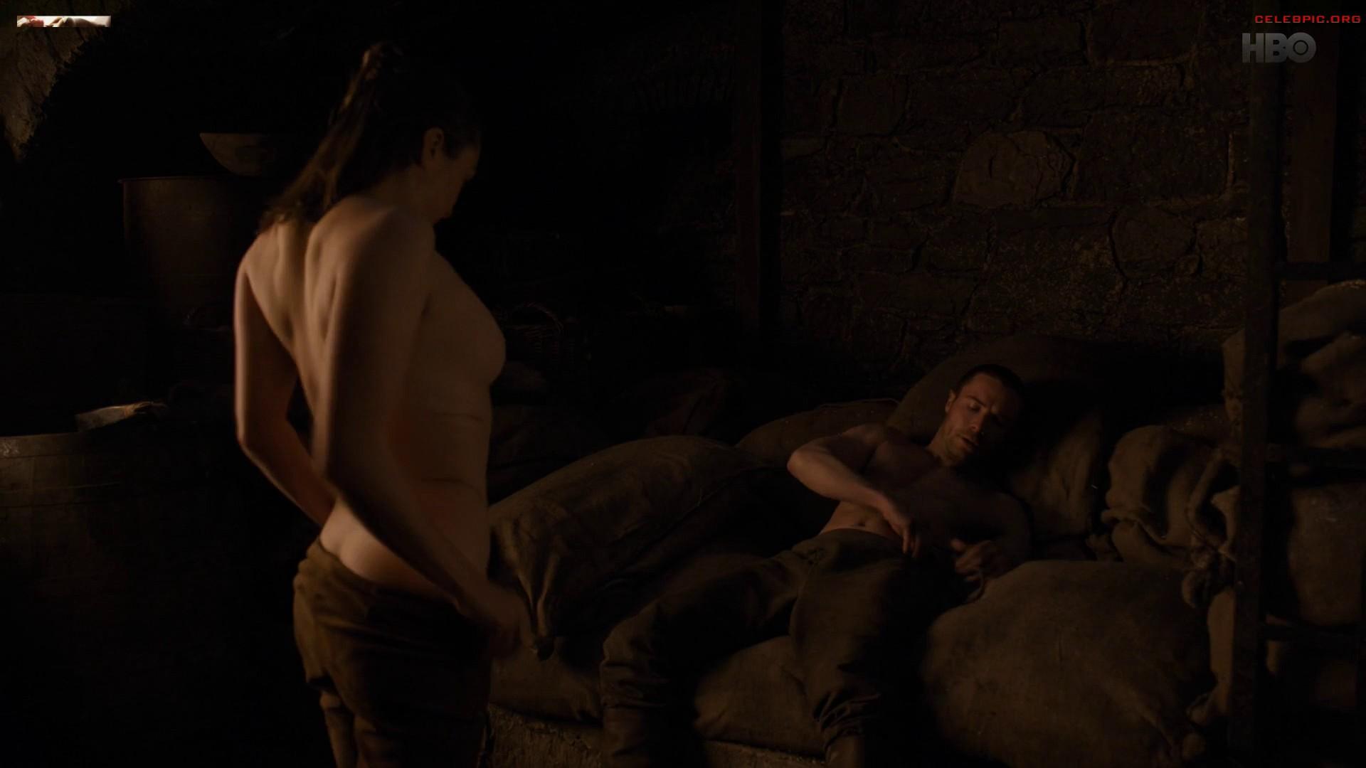 0322054006910_18_Maisie_Williams_-_Game_of_Thrones_S08_E02_1080p__1_268.jpg