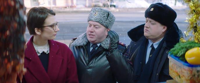 Politseyskiy.s.Rublevki.Novogodniy.bespredel.2018.WEB-DLRip.avi_snapshot_00.49.13.png