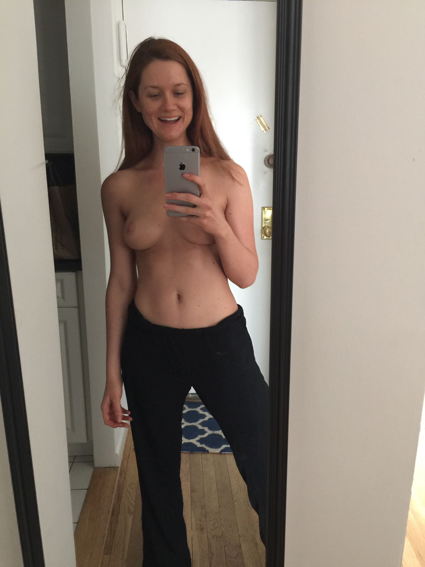 0510015727678_1_Bonnie-Wright-Nude-Topless-TheFappeningBlog.com-2.jpg