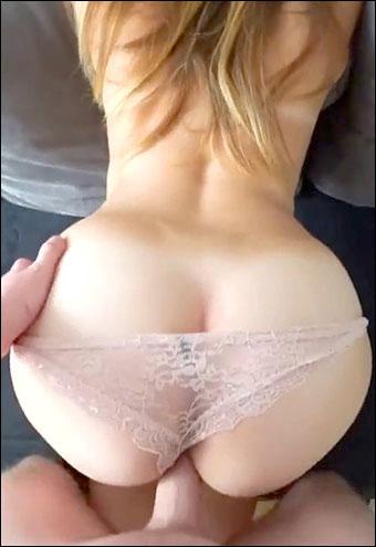Трах девушки с большой круглой попкой / Girl and her big ass (2017) CAMRip |