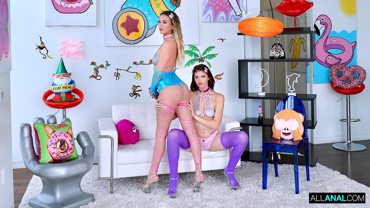 Adira Allure, Leah Winters - Cotton Candy Crush with Adira and Leah (2019) SiteRip |