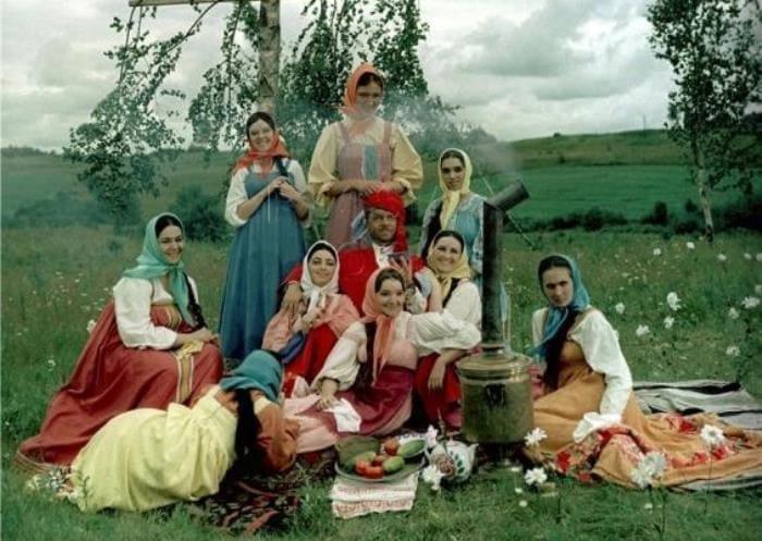 Wives-of-Abdullah-2.jpg
