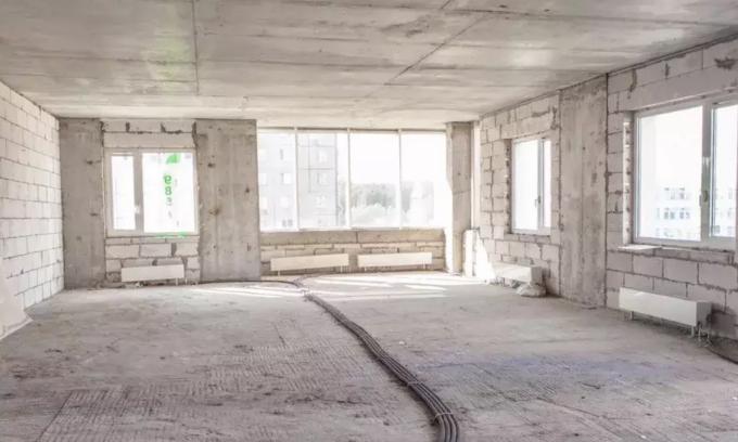 При покупке квартиры в новостройке и старом доме часто приходится делать ремонт с нуля