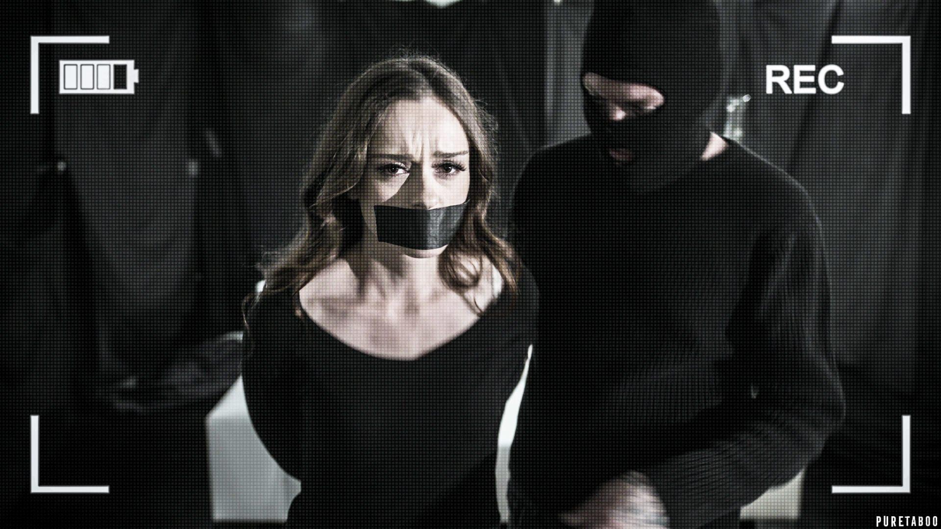 Lily Glee - Ransom (2020) SiteRip  