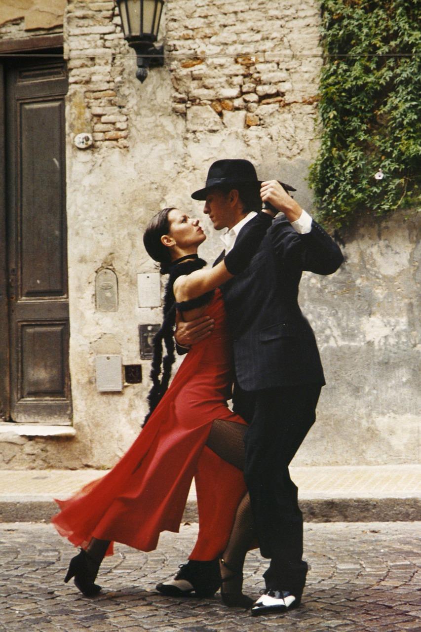 В Латинской Америка придумали танго