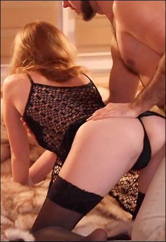 Ruda Cat - Рыжую крошку жестко трахают в зад и кончают в попку / Redhead Babe Cums During Hot Ass Fuck (2020) CAMRip |